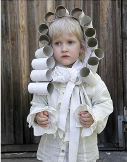 Toilet paper rolls DIY costume