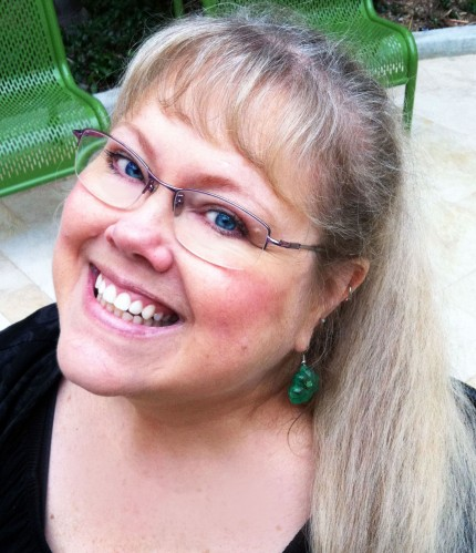 Shop Advice From a SASsy Seller: Exchanges and Refunds - Headshot of Sandie Russo